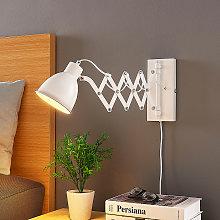 Lámpara de pared para la lectura Merle en blanco