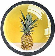 Pomos amarillos de la piña de la fruta de la