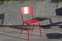 Silla roja de estilo vintage Skole
