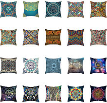 Varias coloridas fundas de almohada de Ramadan